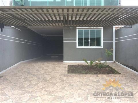 Sobrado para venda no Sitio Cercado em Curitiba com 150m² por R$ 390000