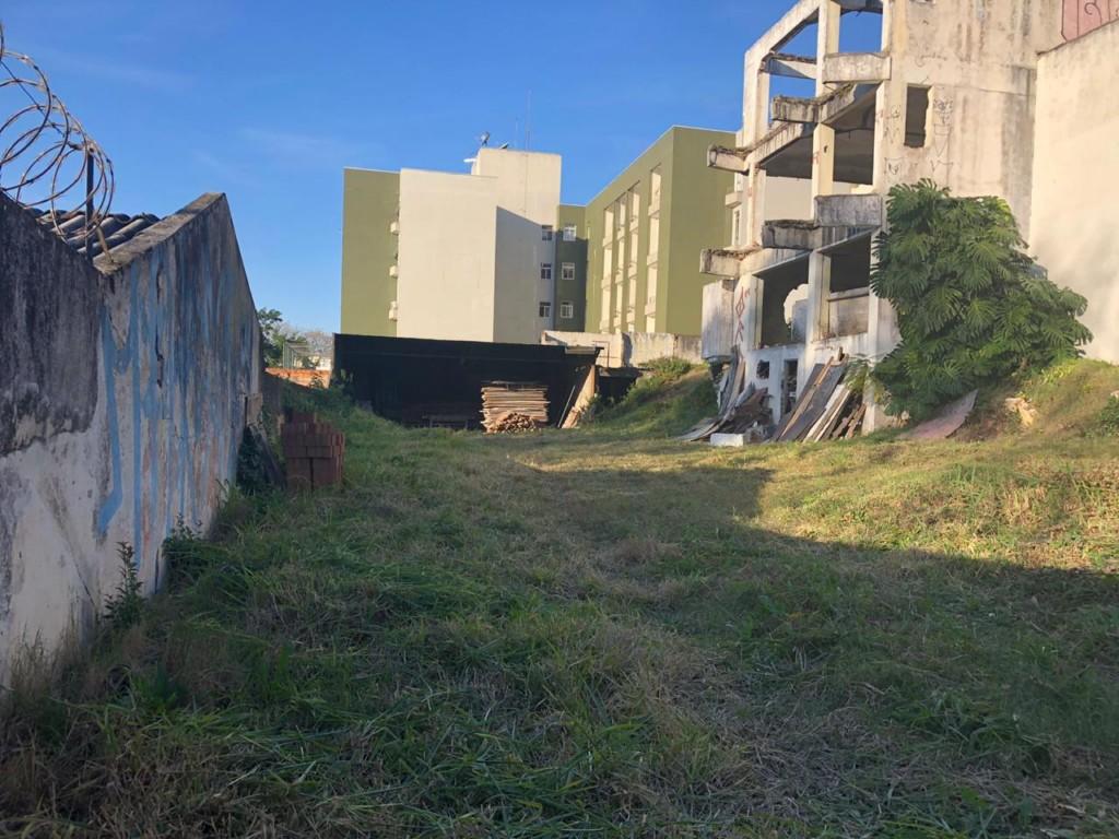 Terreno para locacao no Portao em Curitiba com 0m² por R$ 6.875,00
